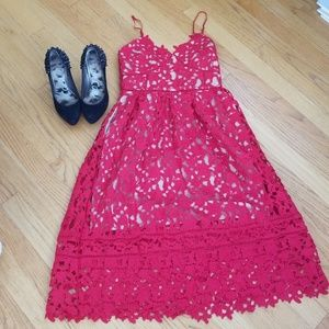 Dresses & Skirts - Bold Red Lace Midi Dress